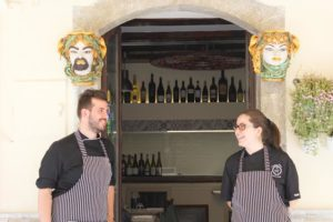 ettore-e-dalila-grillo-vineria-modì-taormina