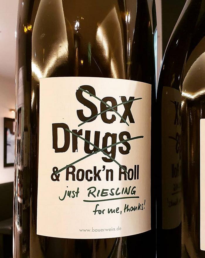 "alt=""Wine Mania Riesling"""