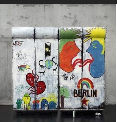 """alt=""""Muro di Berlino"""""""